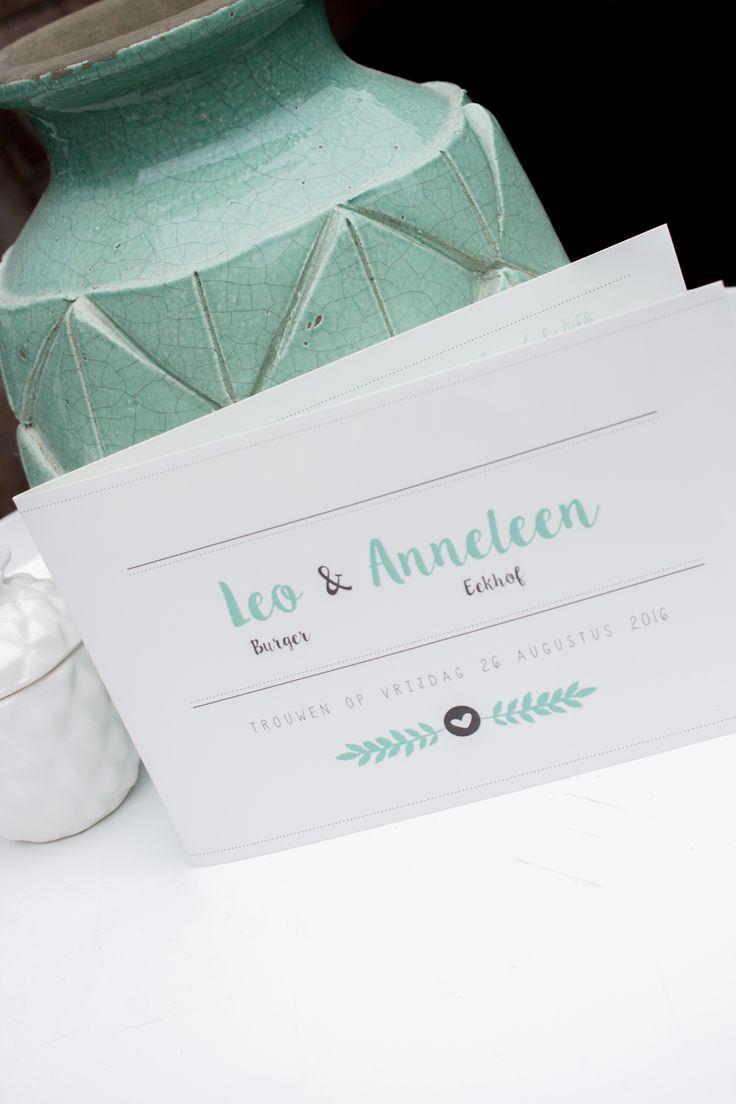 Mintgroene rustige strakke trouwkaart van Leo & Anneleen - ontwerp door Leesign - #leesign #trouwkaart #trouwen #bruiloft #inspiratie #wedding #stationery #mint #mintwedding #wedding #strak #element