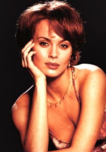 Izabella Scorupco Est Natalya Fyodorovna Simonova 1995