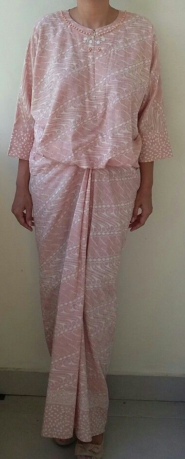 The beautiful in beige parang batik kaftan from es couture, breast feeding friendly, slim fit for u