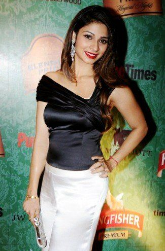Tanishaa Mukerji – Photo and Wiki Details