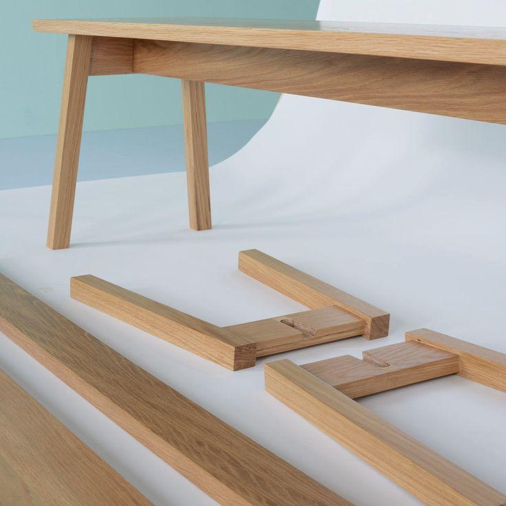 A Frame, colección muebles desarrollada por Matt Elton de muebles que se pueden armar sin tornillos ni pegamento.