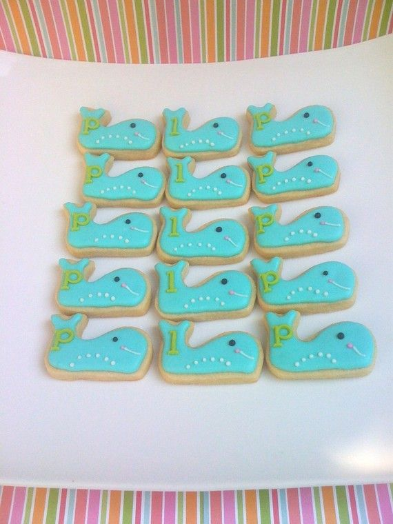 make these pink and they will be vineyard vines whale cookies!