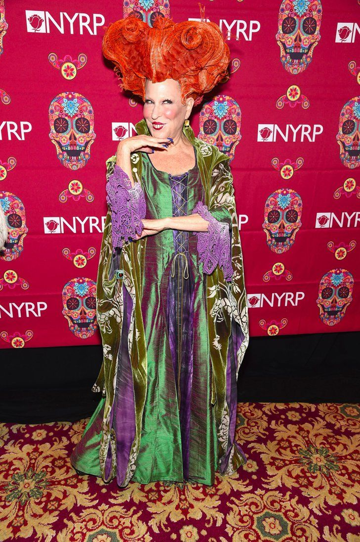 Bette Midler Re-Creates Her Winifred Sanderson Costume From Hocus Pocus