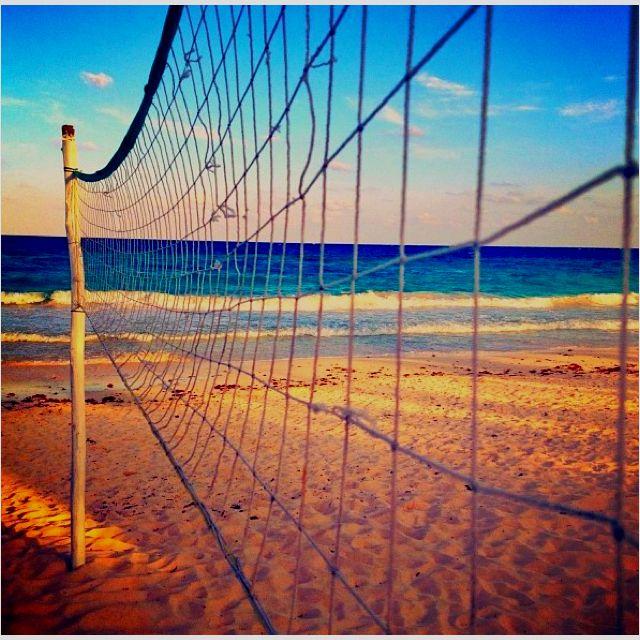@Christine Smythe Pfeil, meiner will erst mal ne Runde Beachvolleyball spielen....:-)
