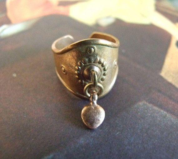 Kalevala Koru Finland Bronze ring Sydänsormus