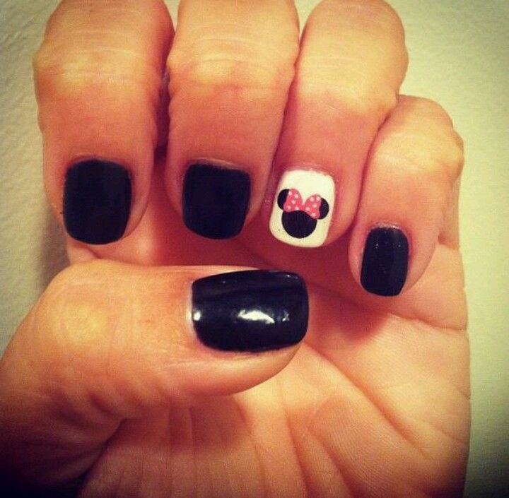Disney Nails so cute. I can help you with a Disney trip! I have all the details! Contact me for a free quote! Lphillips@themouseexperts.com