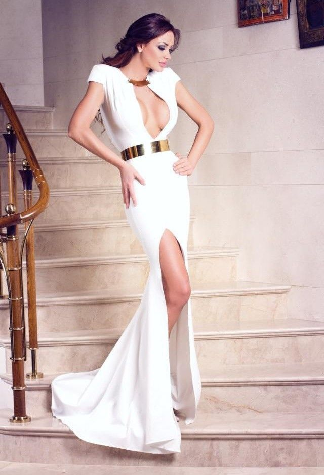color-blanco-vestidos-amarillo-cinturoneslook-main-single#whiteeveningdress