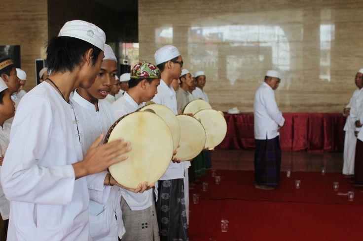 Orphanage playing the rebana