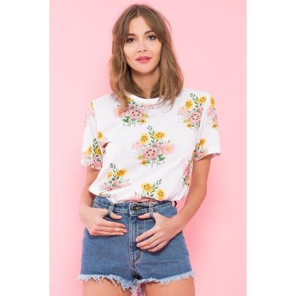 T-shirt Floral Boom (1,300 MXN) ❤ liked on Polyvore featuring tops, t-shirts, floral print t shirt, floral tee, floral t shirt, floral print tee and flower print tops