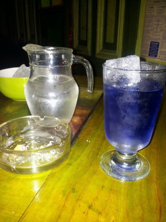 Violette absinthe...