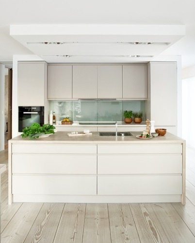 Modern compact kitchen...