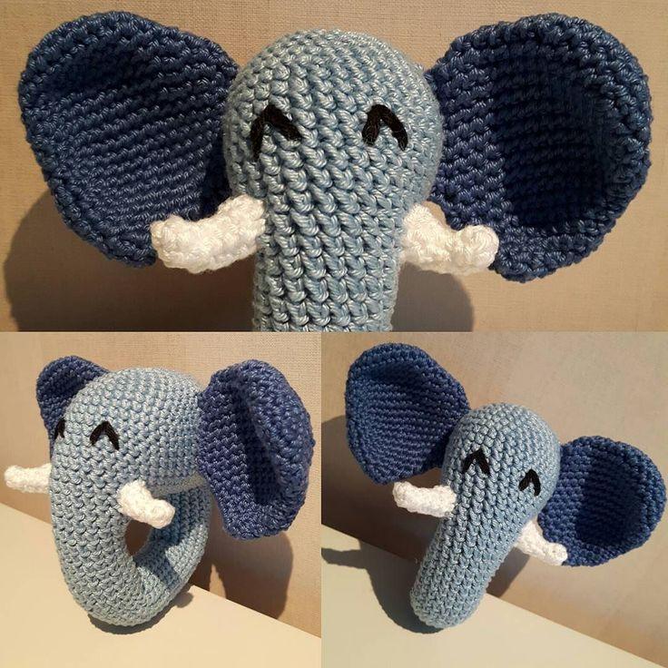 Elefantrangle Oppskrift fra @trolleungen #rangle #hekle #hekling #crochet #hekledilla #crocheted #heklet #elephant #hekle_inspo #amigurumi #virka #hæklet #hækle #diy #hjemmelaget #hjemmelavet #homemade #hobby #syssel #håndarbeid #handarbeit #handmade #amigurumis #kids #elefant #rangle #småbarn #leker #gutt #enkelt by skrytekonto