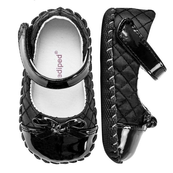Pediped Originals Naomi Black, 0-6 months NWOT (New without tags) these Originals® Naomi Black: - Leather and quilted nylon upper - Breathable leather lining - All leather soft-sole with slip resistant diamond tread - Mary Jane with Velcro® closure - Approved by the American Podiatric Medical Association for promoting healthy foot development Perfect for beginning walkers, all pediped® Originals feature leather soles for ultimate flexibility and lasting quality. pediped Shoes Baby & Walker