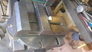 "Screwless Vise by Joe in Oz -- Homemade screwless vise machined from cast iron and cold rolled steel. Measures 4"" wide and has a maximum opening of 6"". http://www.homemadetools.net/homemade-screwless-vise-2"