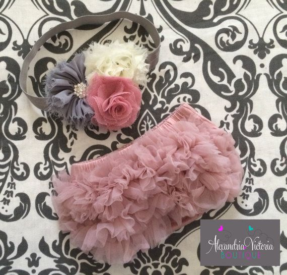 Absolutely beautiful set. Vintage pink ruffle baby bloomer with a matching headband. Perfect for your sweet baby girl!    Soft and stretchy