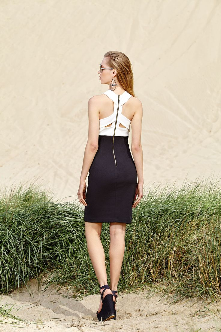 A black and white pencil dress can always get extra fashion points when the open back is out of the usuall!