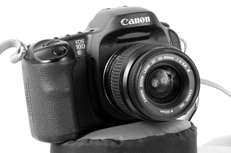Canon EOS 10D 6.3MP Digital SLR Camera  Black w/ Canon EF 35-80 Lens