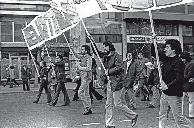 The last legal communist march of Chile before the coup, seen on the right is singer Victor Jara who would later be imprisoned and tortured to death for the content of his songs, 1973.