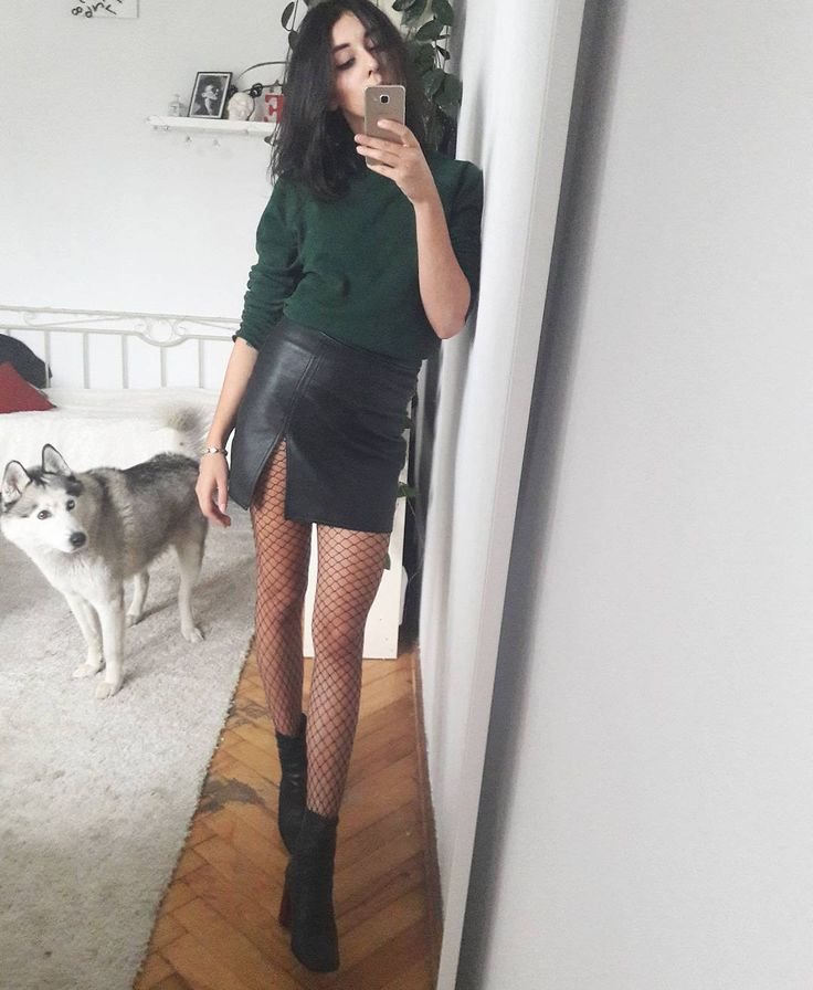 "Polubienia: 62, komentarze: 7 – The diet Kola (@thedietkola) na Instagramie: ""#todayslook skirt and jumper from #secondhand shoes by #topshop . . #topshopstyle #outfit…"""