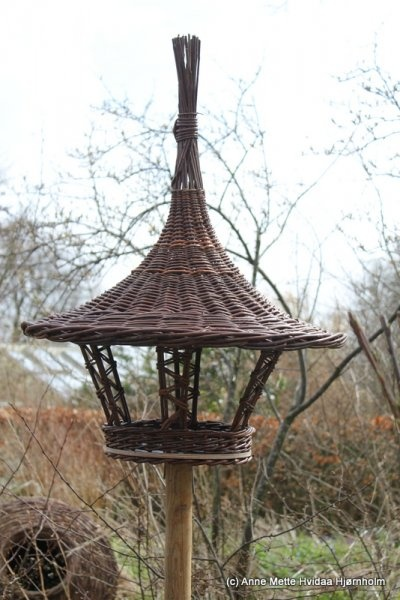 Fuglehuse / Bird feeders | Galleri | Hjørnholm Pil