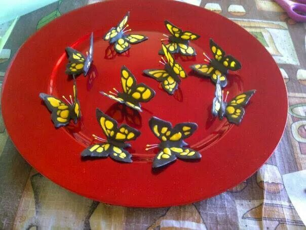 Royal icing butterflies steffy..nailed it♡♡♡