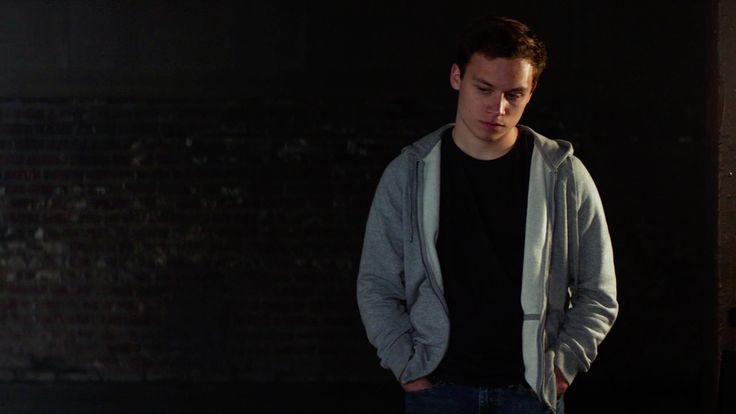 Finn Cole with James Perse Cotton-Knit Zip Hoodie in Animal Kingdom - Season 2 Episode 1