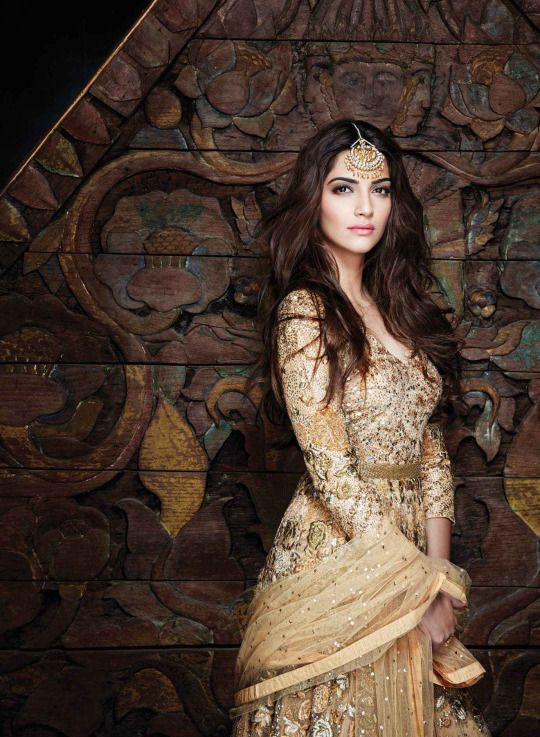 Sonam Kapoor as Queen Nymeria of the Rhoyne