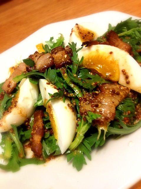 生の春菊、ほろ苦くて美味しいですよ。 - 59件のもぐもぐ - 春菊とゆで卵のサラダ by yuumi0806