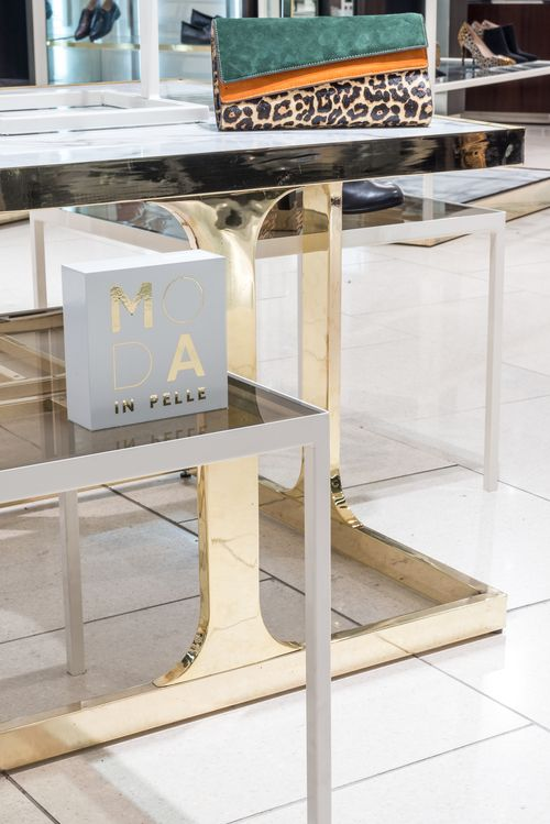 Moda In Pelle - House of Fraser #‎shoe #‎display #‎tables #‎brass #‎bronze #‎glass #‎retail #‎fixtures #‎fashion #‎department #‎store #‎signage #‎branding #‎midfloor #‎display