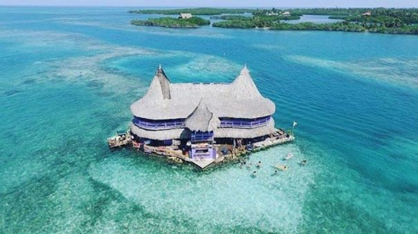 Casa en el Agua Hostel - San Bernando Islands - Colombia