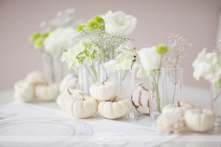 white pumpkin fall wedding decor