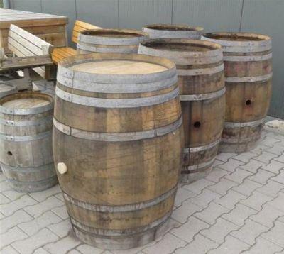 Bar In Tonnen : 25 beste idee n over wijnvat tuin alleen op pinterest wijnvat plantenbak kiezel terras en ~ Frokenaadalensverden.com Haus und Dekorationen