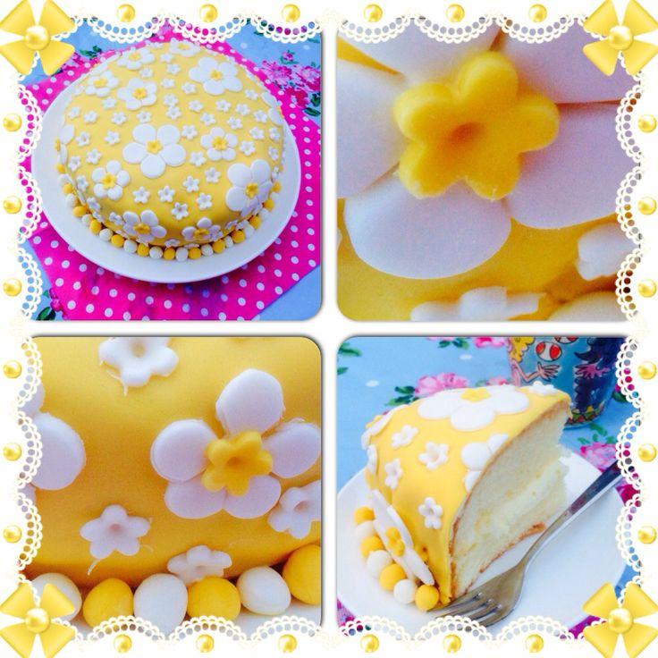 Zomerse homemade bloemetjes taart!  tantesetje.blogspot.nl