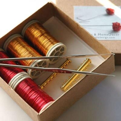 crochet jewelry kit 400x400 Etsys Wire Crochet Artist Yoola