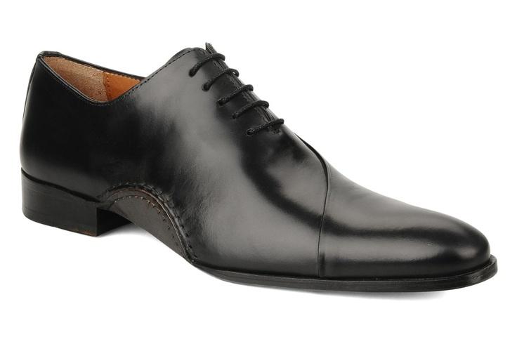 Ray by Brett & Sons (Negro): de tus Richelieus  Zapatos para hombre. Black shoes for men.  Chaussures noir pour homme.  https://www.facebook.com/bagatelleoficial Bagatelle Marta Esparza #shoes #black #man