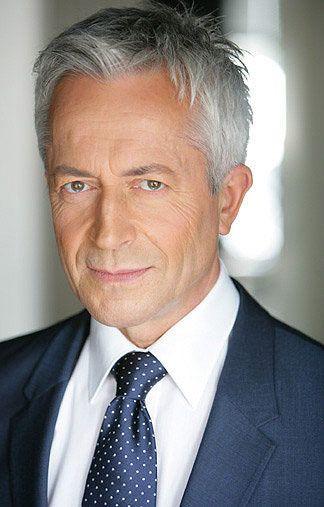 hermannk - graue Haare - braune Augen - Greens Modelagentur