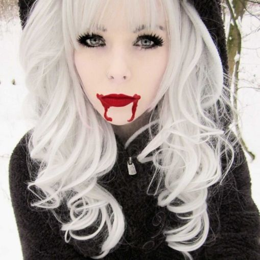 Vampire Platinum: 34 Best Images About Ira Vampira On Pinterest