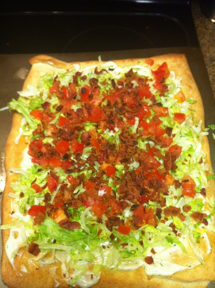 Confessions of a Skinny Girl in Training: Day 1: BLT Pizza