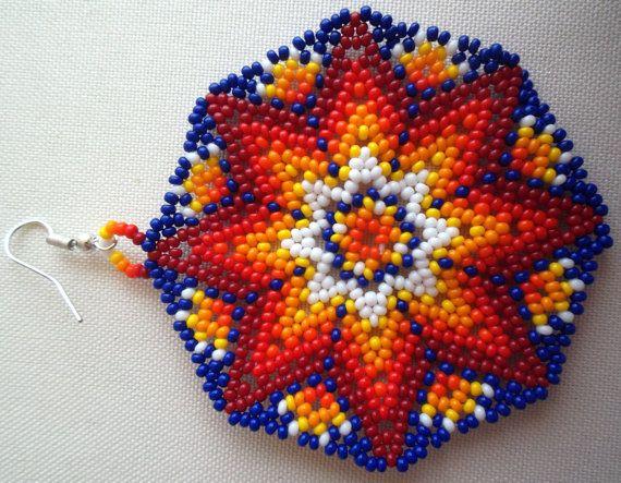 Mexican Huichol Beaded Star earrings por Aramara en Etsy