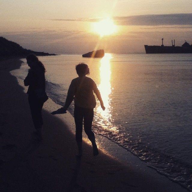 "27 aprecieri, 5 comentarii - sunset sunrise summer grunge girl teen summertime beach 🌙Witchy Girl🌙 (@pap_andrada) pe Instagram: ""....Summer .... #summer #shunshine #life #something #sea"""