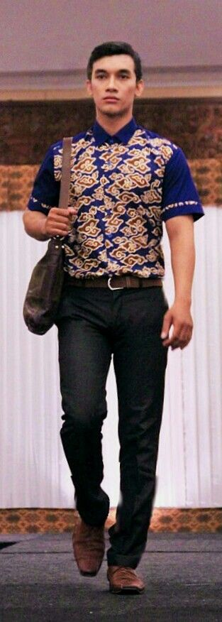 ethnic modern menswear in the dynamic working outfit for spring/summer - inspirasi by Batik & Ikat patterns