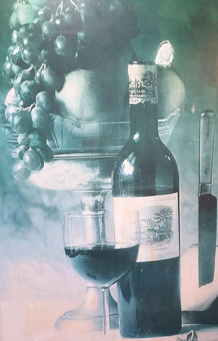 Glass & bottle of wine