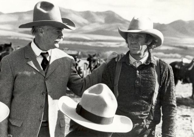 Richard Farnsworth as John C. Coble and  Steve McQueen as Tom Horn, at the Picnic