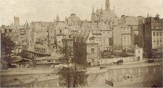 Paris, une photo saisissante, prise entre 1850 et 1854, du quai des Orfèvres, de…