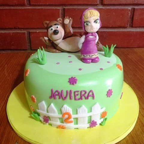 #Masha_and_the_Bear #fondant #cake by Volován Productos  #instacake #Chile #puq #VolovanProductos #Cakes #Cakestagram #SweetCake