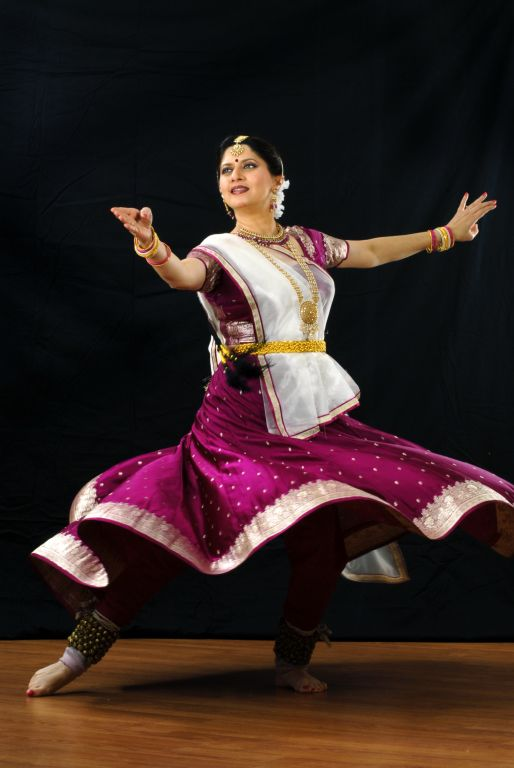 Archana Joglekar is a celebrated Kathak Dancer of India. She is the first Kathak dancer to perform at The Elephanta Festival, Mumbai, the first and perhaps the only Indian classical dancer to perform at the Reykjavik Art Festival in Iceland.