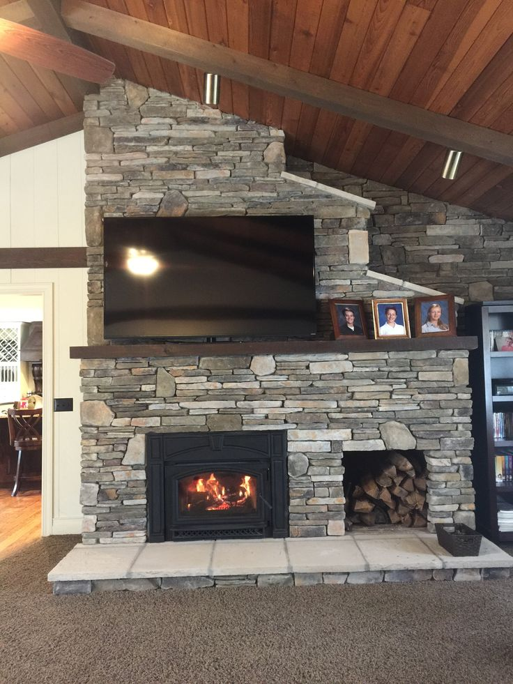 17 Best Ideas About Stone Veneer Fireplace On Pinterest Stone Fireplaces Rock Veneer And Faux