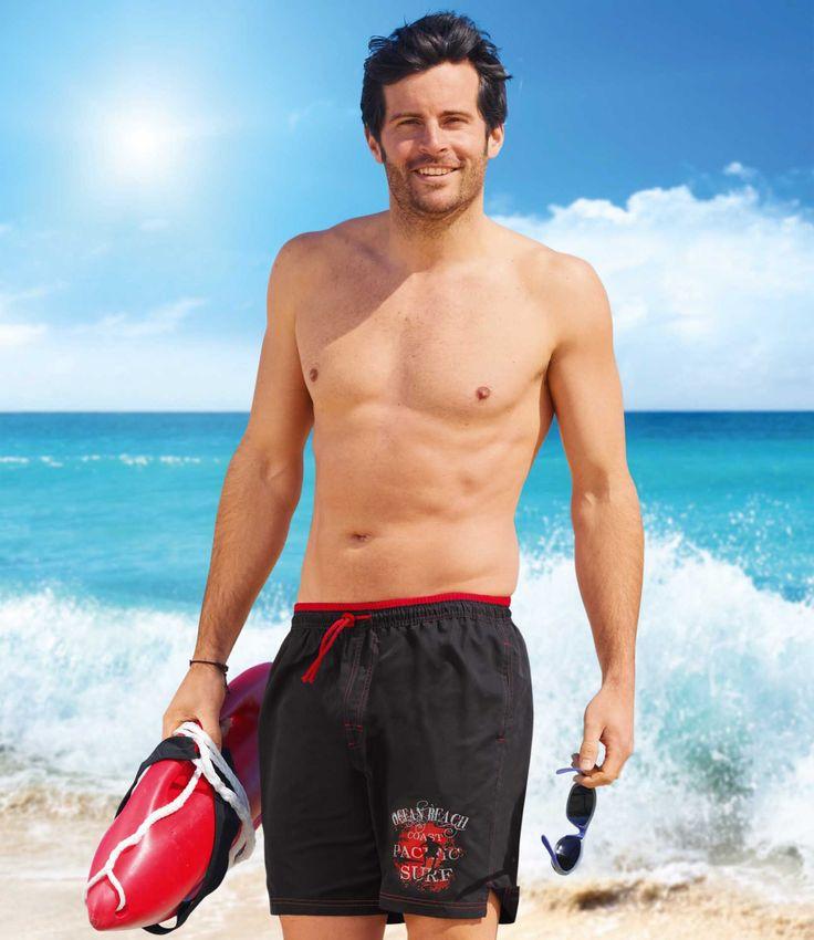 """""""Short De Bain """"""""Long Beach"""" : http://www.atlasformen.fr/products/vetements/maillot-de-bain/short-de-bain-long-beach/15465.aspx"""