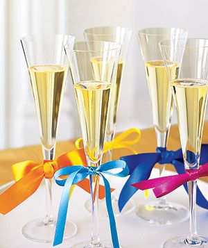 From great hostess presents to gracious exits, a good-guest guide to the season's festivities.
