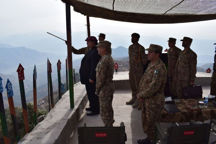 Pakistan Defence Minister @kdastgirkhan visits the Line of Control in Azad Jammu and Kashmir's Chirkot sector